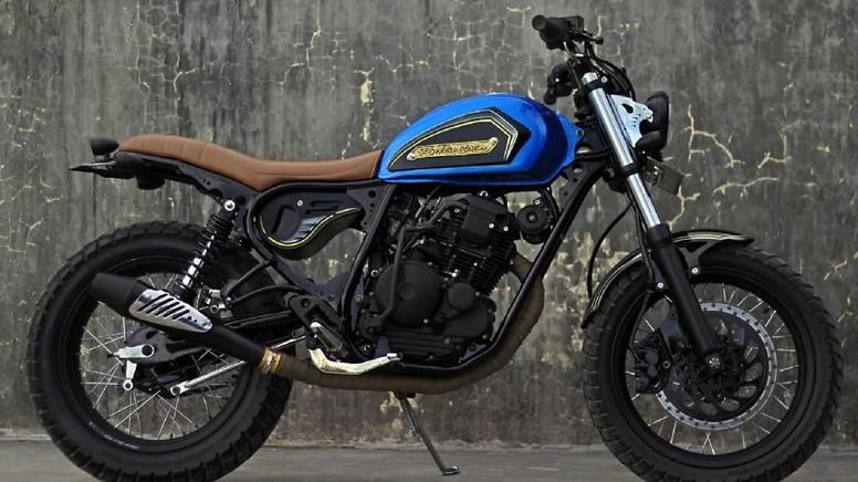 Yamaha Scorpio Street Tracker (Foto Hendri Surya Wibowo)