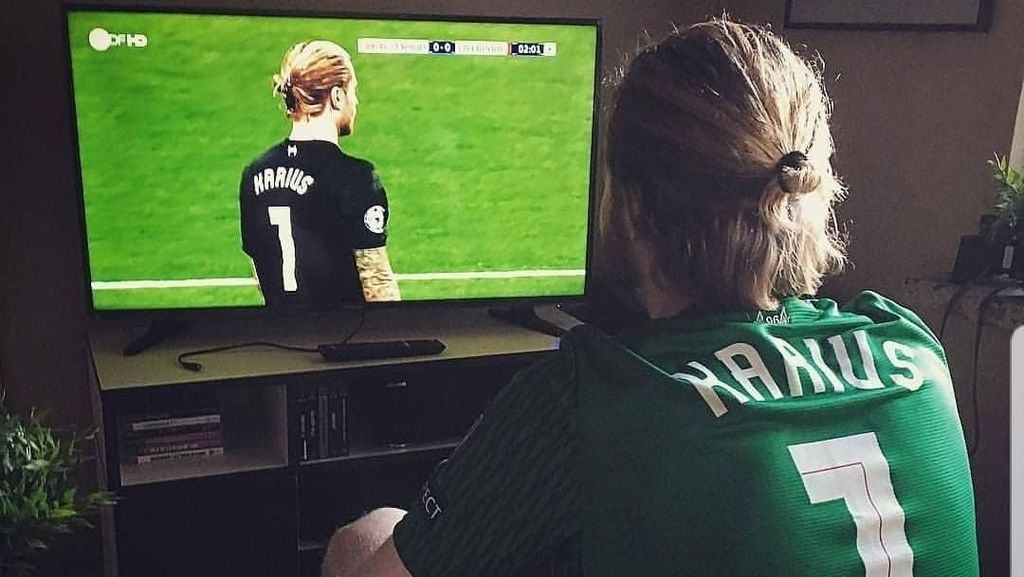 Meme Bahagia Bale vs Tangis Derita Karius