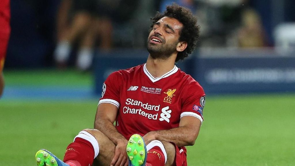 Mohamed Salah di Final Liga Champions: 31 Menit, 2 Tembakan, dan Air Mata