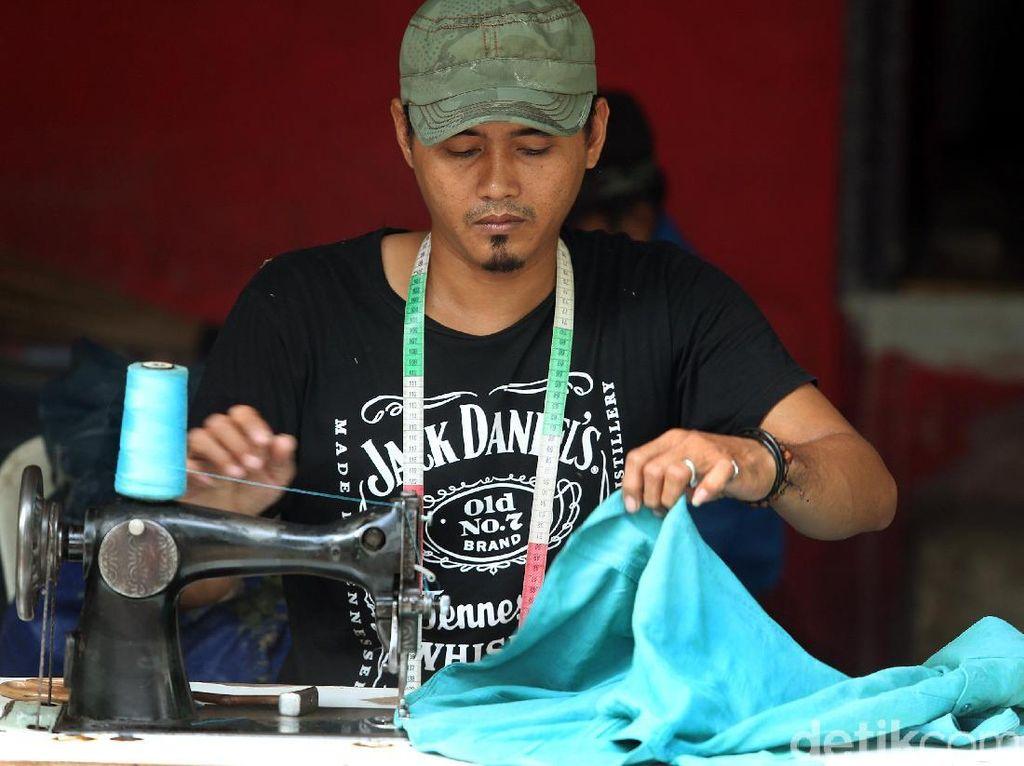 Kisah Tukang Permak Pakaian di Manggarai, Bisa Kantongi Rp 1 Juta/Hari