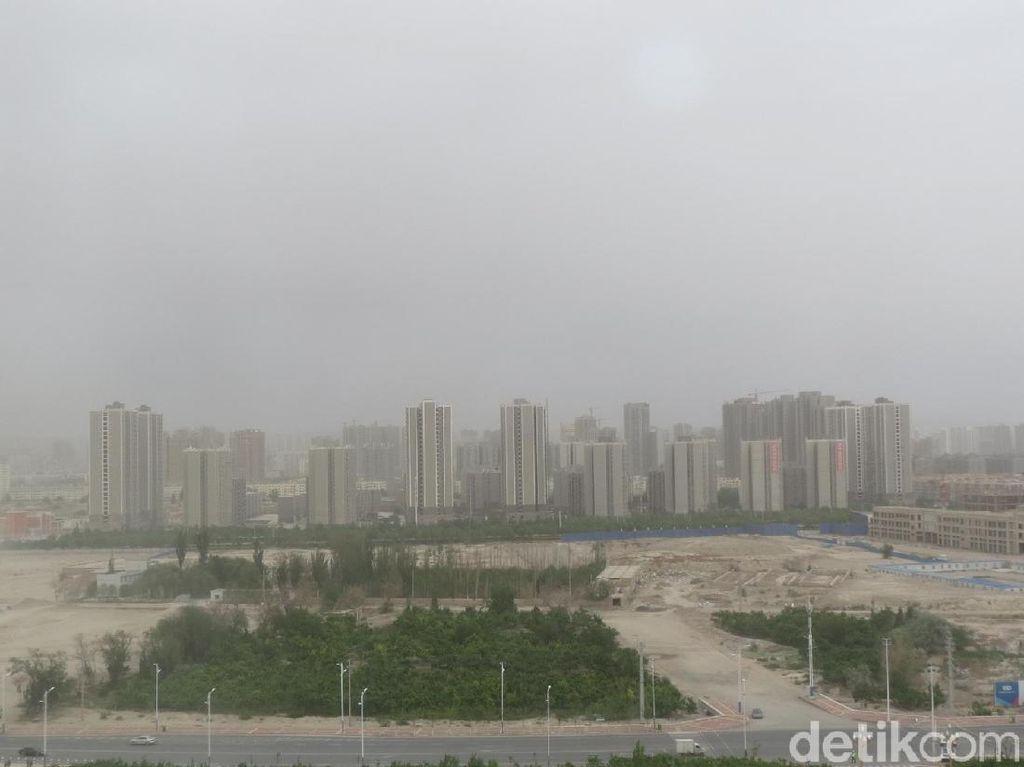 Foto: China Olah Limbah Jadi Air Bersih di Gurun Pasir Xinjiang