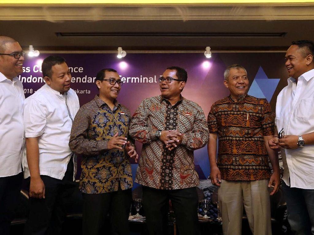 Indonesia Kendaraan Terminal Tawarkan 30% Saham