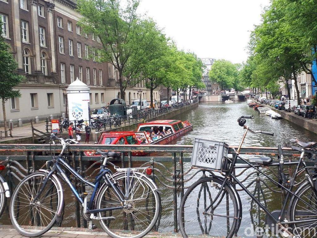 Banyaknya Sepeda Terkunci Sembarangan, Amsterdam Punya Siasat Baru