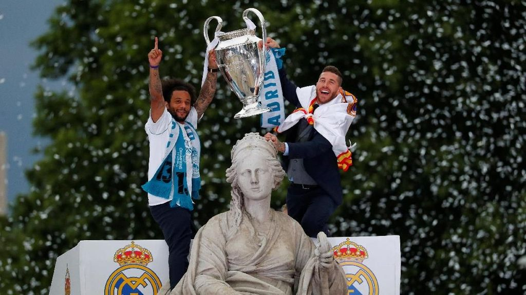 Parade La Decimotercera Real Madrid