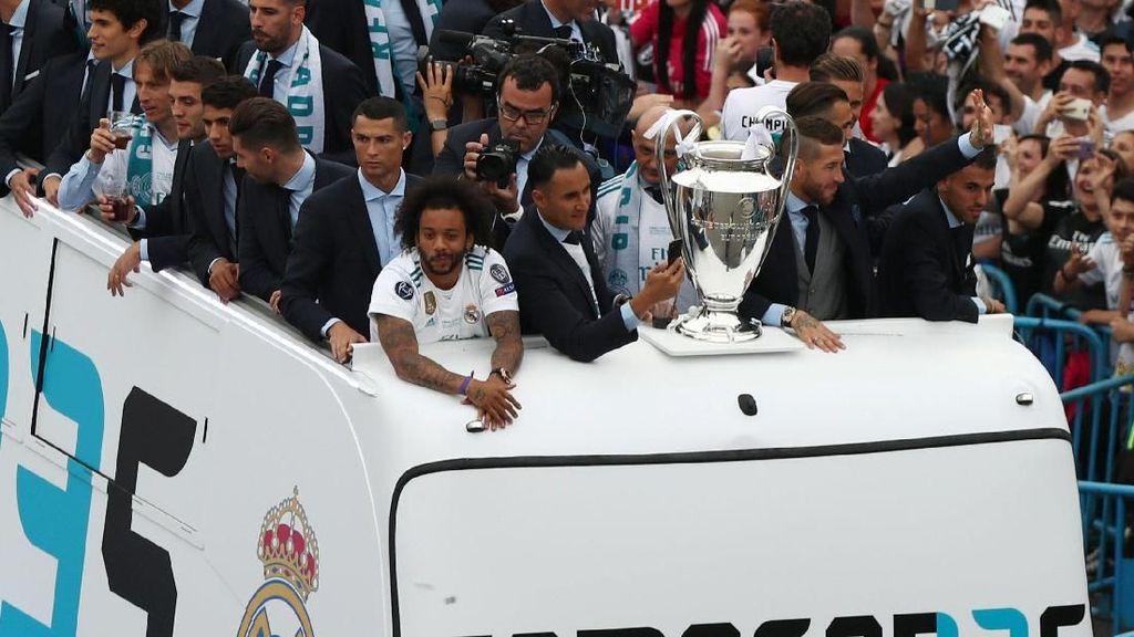 Meriah! Momen Real Madrid Pamer Si Kuping Besar
