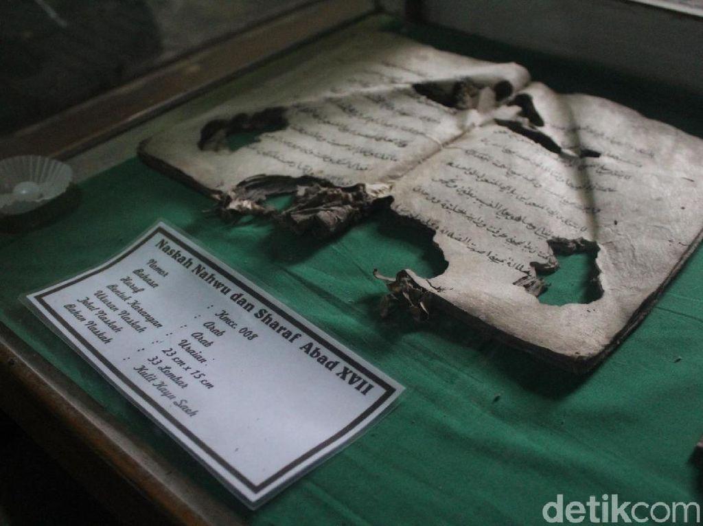 Melihat Naskah Kuno Bukti Penyebaran Islam Abad ke-17 di Garut