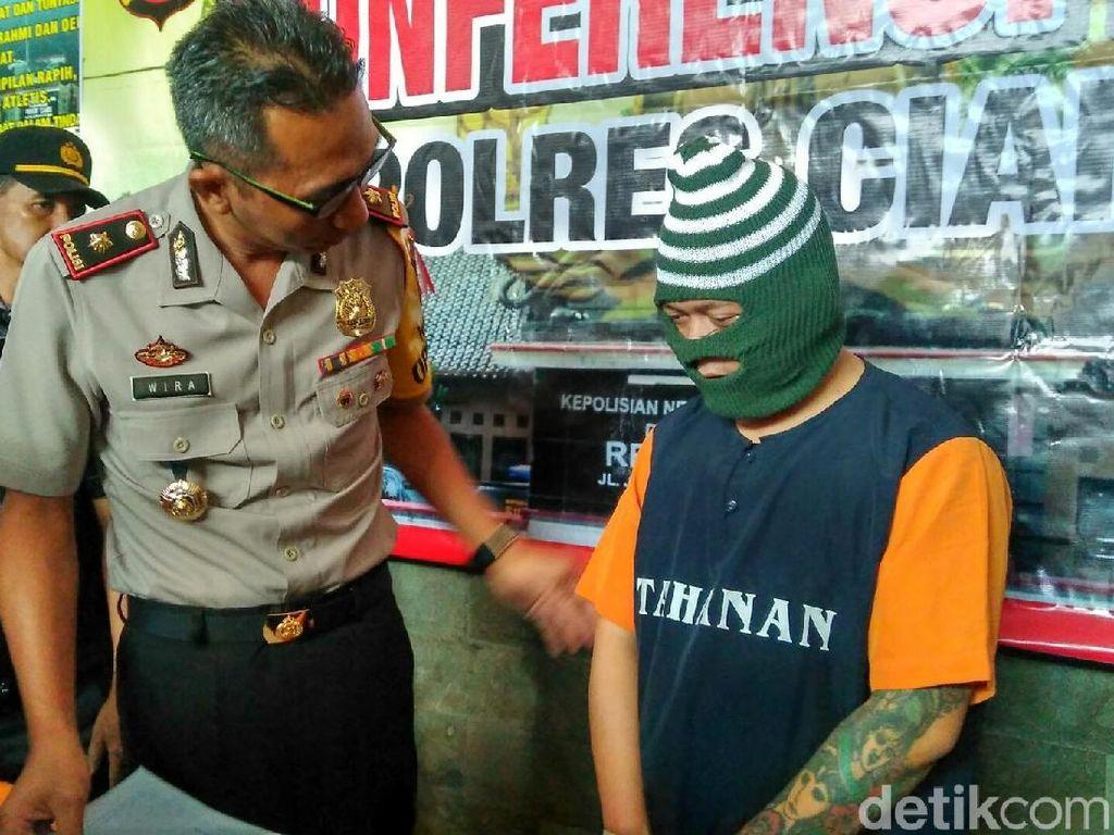 Polisi Amankan Pria Bertato Edarkan Sabu-sabu di Ciamis