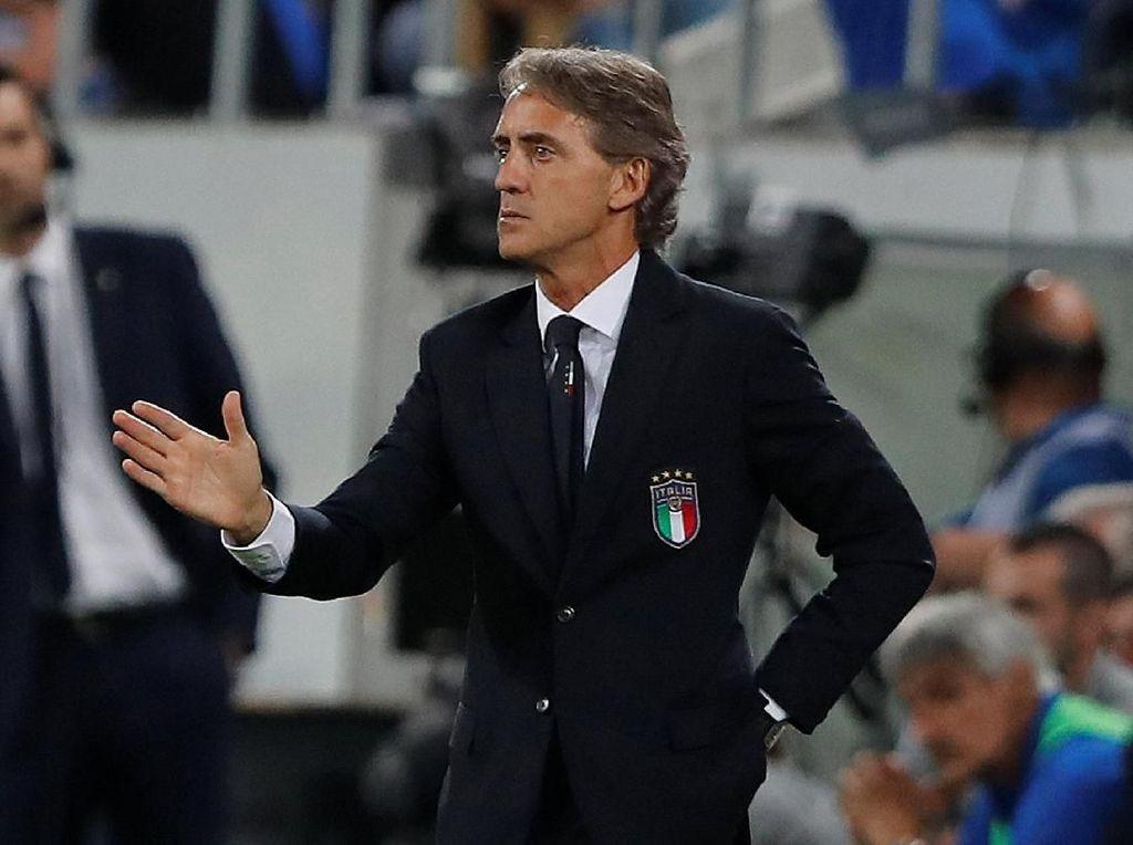Taktik Menyerang Mancini Jadi Kunci Kebangkitan Gli Azzurri