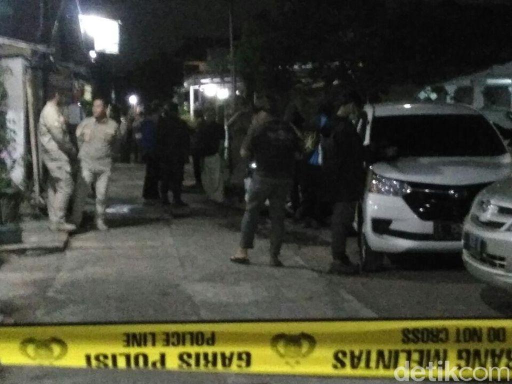 Setelah 3, Densus 88 Tangkap 1 Lagi Terduga Teroris di Probolinggo