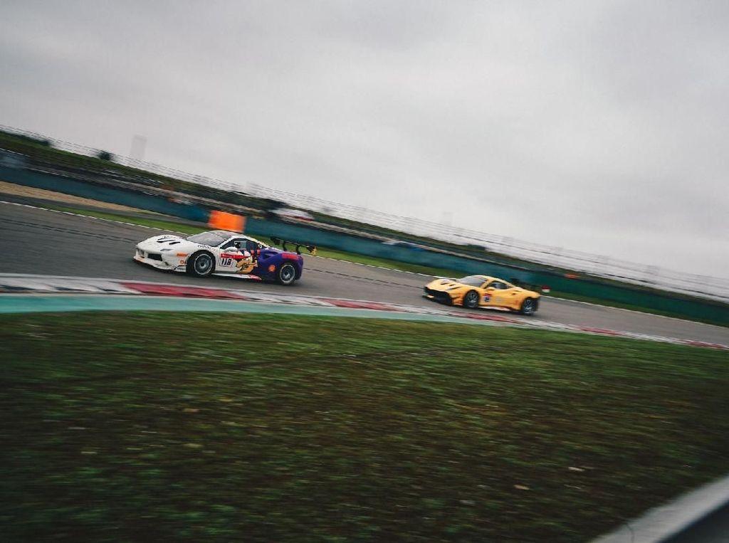Kualifikasi Usai, Pebalap RI di Posisi 22 dan 32 Race Pertama Ferrari Challenge