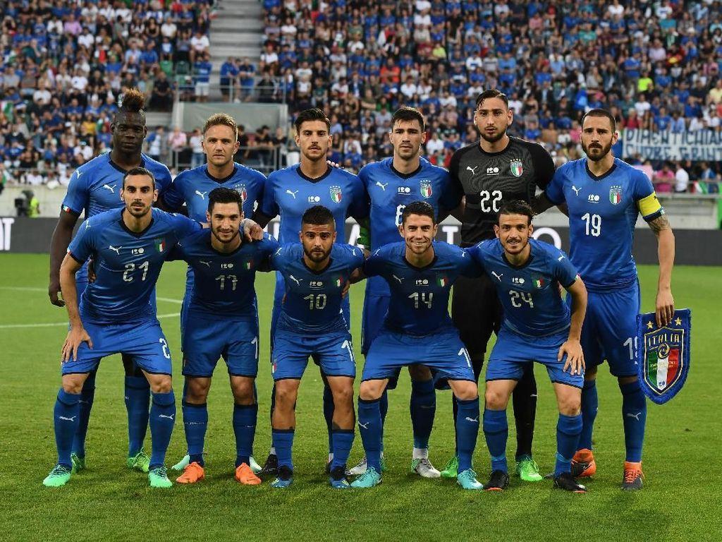 Kembali ke Gli Azzurri, Balotelli Unjuk Gigi