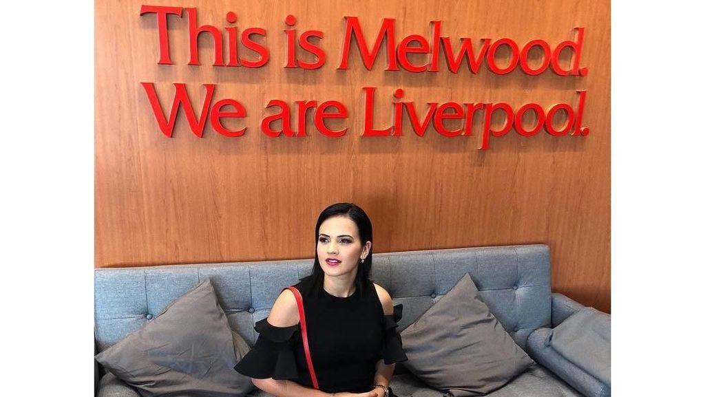 Pesona Rebeca Tavares, Wags Baru Liverpool