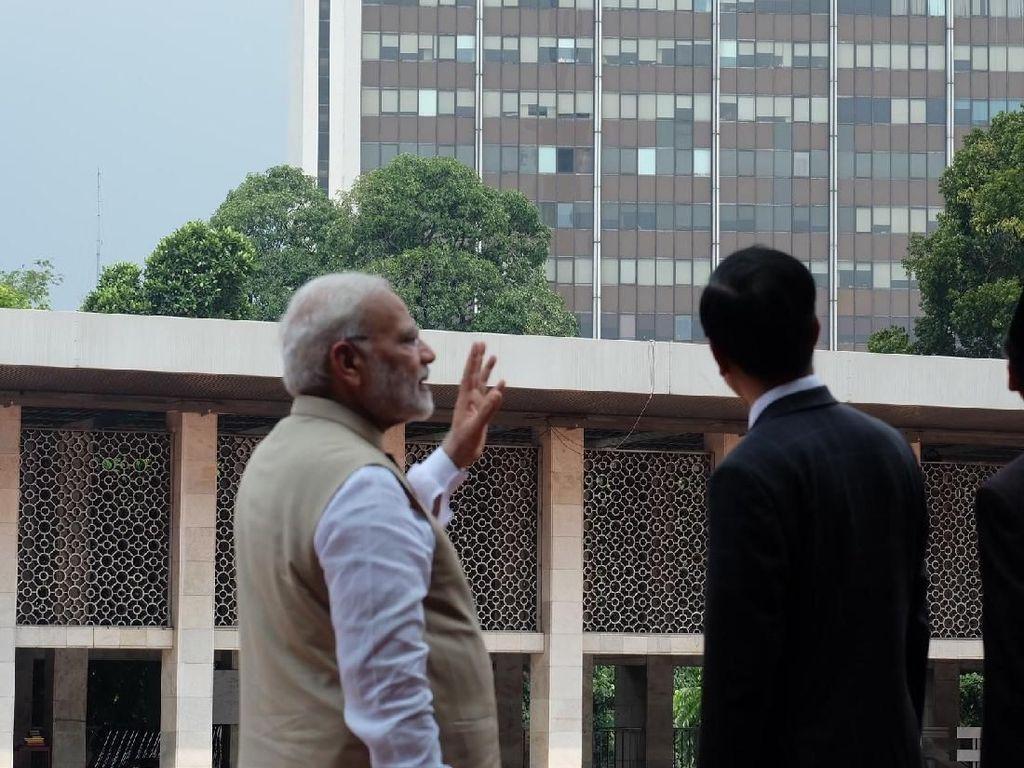 Jokowi Ajak PM India Keliling Masjid Istiqlal