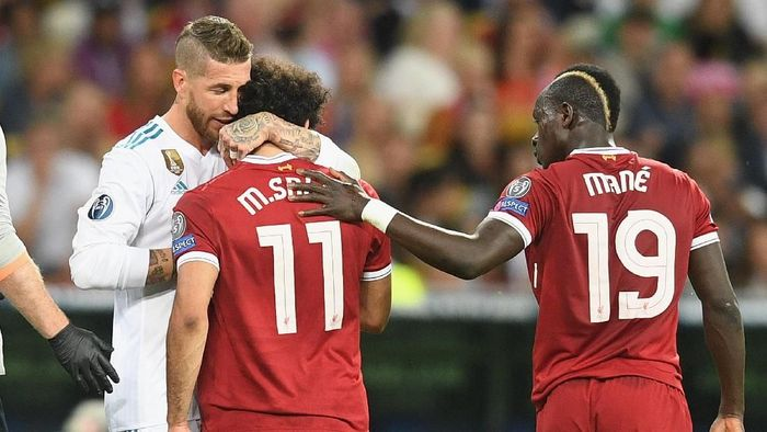 Mohamed Salah dan Sergio Ramos di final Liga Champions (Michael Regan/Getty Images)