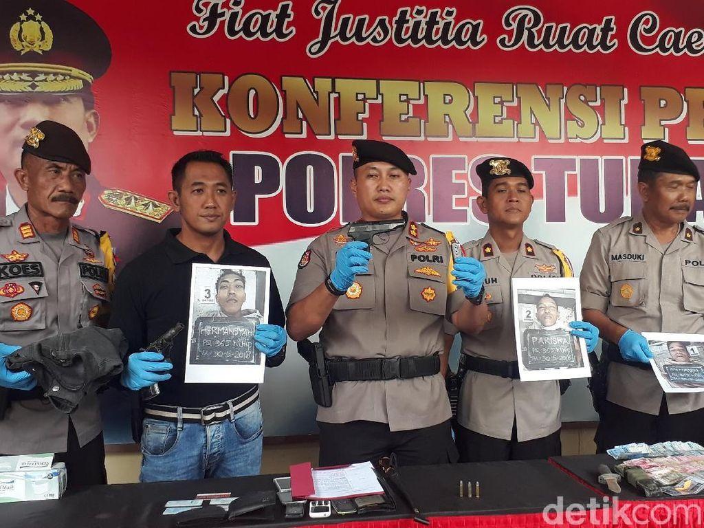 Polisi Tembak Mati 3 Perampok Nasabah Bank di Tuban
