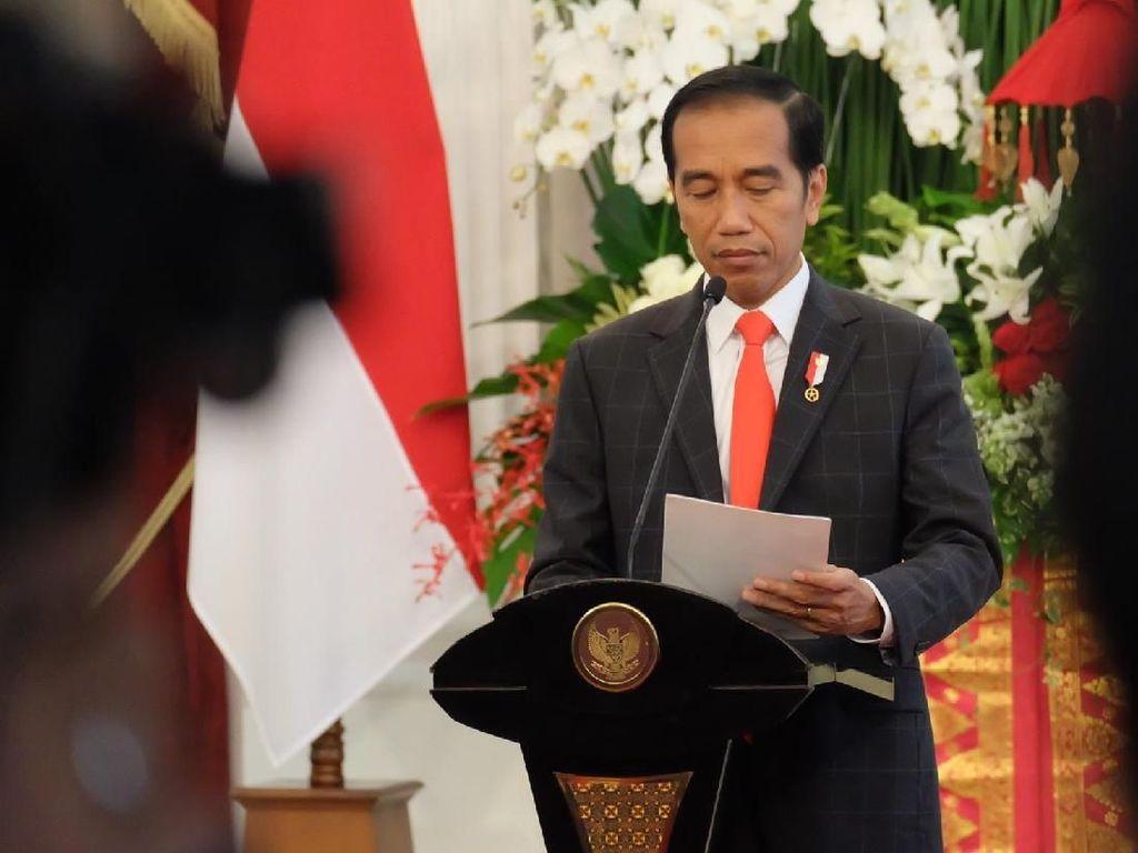 Di Depan Bupati, Jokowi: Kalau Terjebak Rutinitas Kita Ditinggal