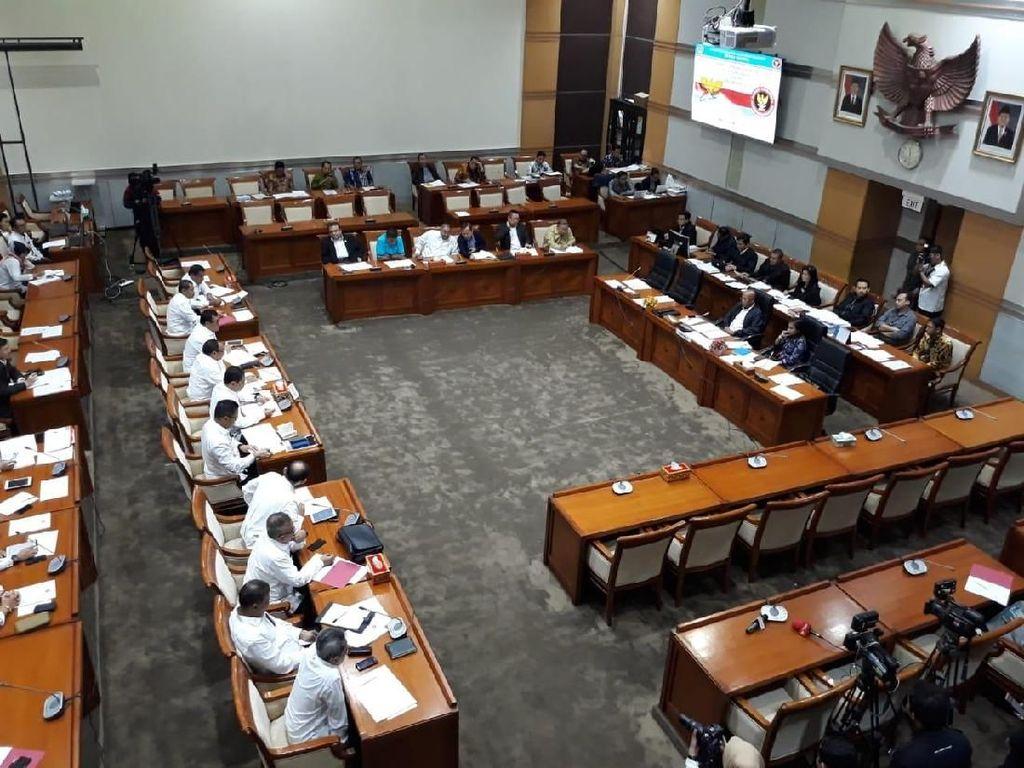 Komisi III DPR Pertanyakan Program Deradikalisasi BNPT