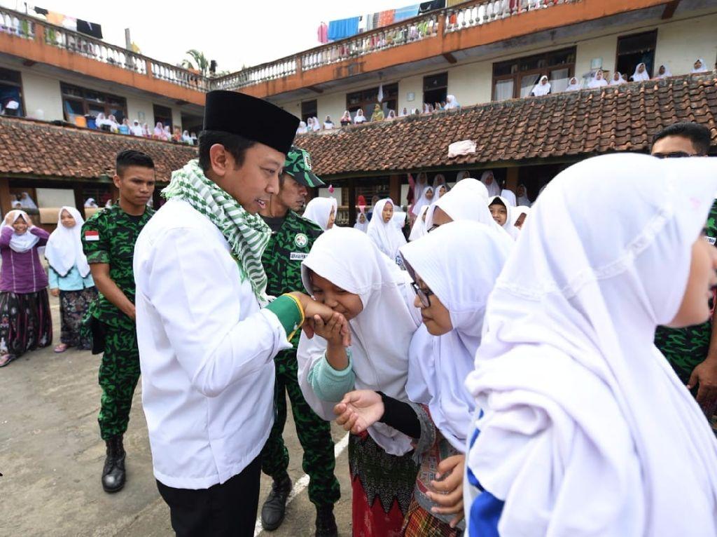 PPP Gerakkan Santri Menangkan Pasangan Ridwan Kamil-Uu