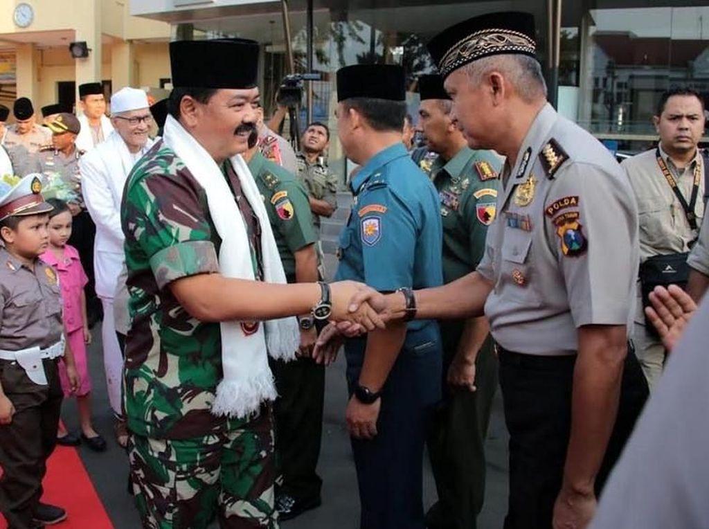 Panglima TNI dan Kapolri Safari Ramadan di Polrestabes Surabaya