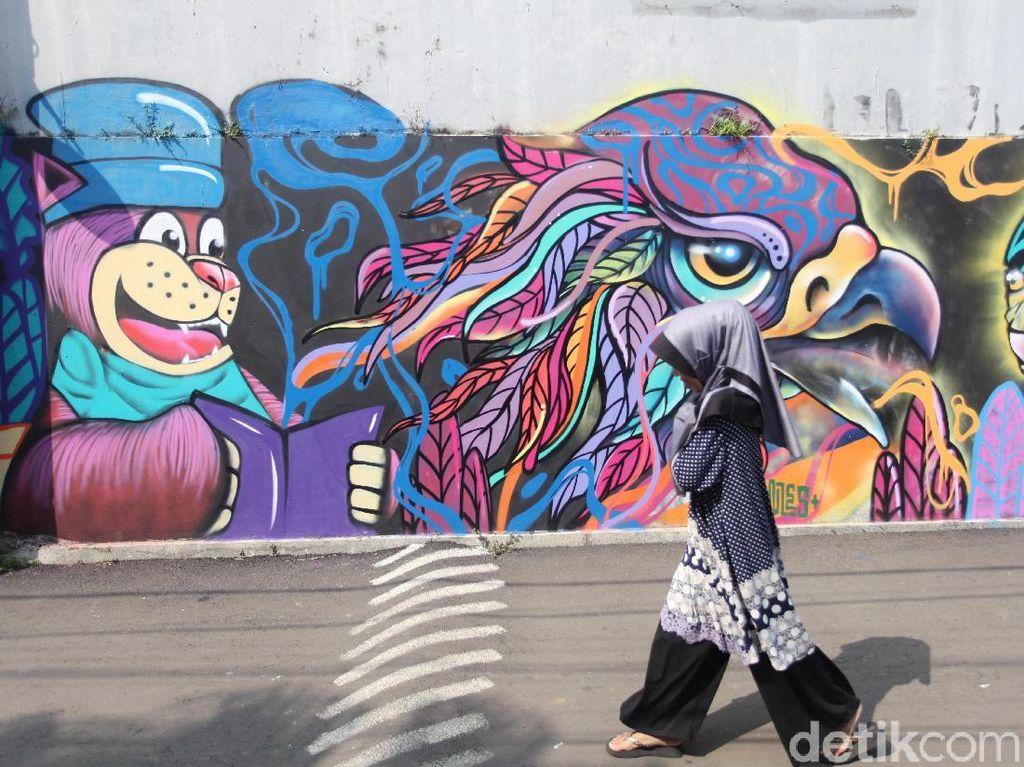 Ultah Jakarta ke-492, Nikmati Mural-mural Cantik di Terowongan Kendal