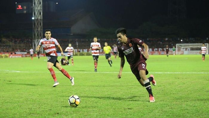 Aksi pemain muda PSM Makassar Saldi pada pertandingan melawan Madura United (Foto: istimewa)