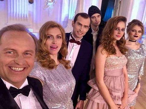 {Minggu} Kisah Mahasiswi Miskin Dinikahi Pengusaha Minyak Rusia
