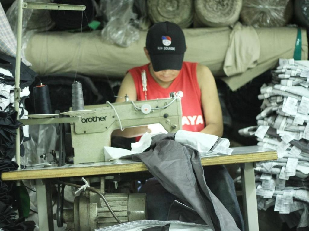 Industri Tekstil Disikat Corona, Pengusaha Garmen Putar Otak