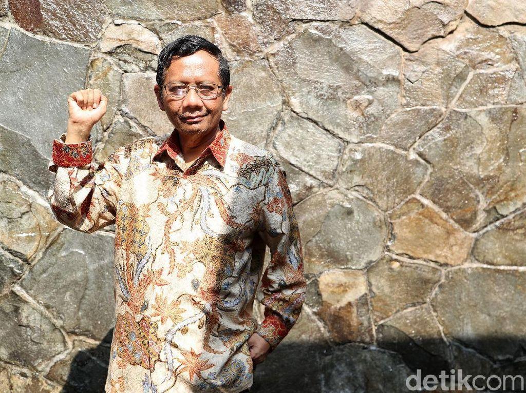 Mahfud Md: Pak Jokowi Nggak Usah Merasa Bersalah
