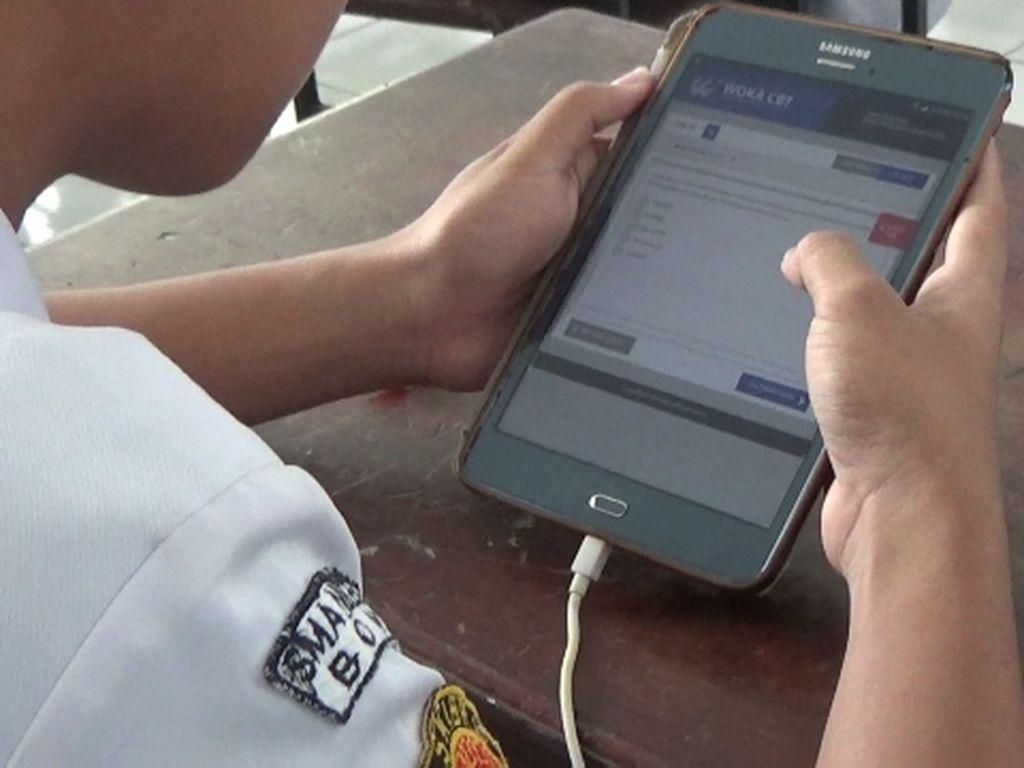 Tak Lagi Pakai Kertas, Ujian SMUN di Sulsel Ini Pakai HP Android