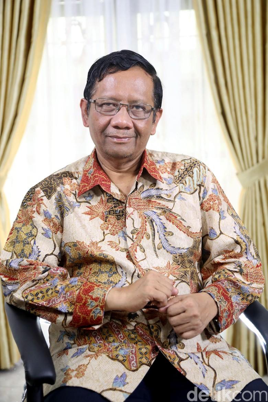 Bocoran Cawapres Jokowi Versi Rommy Mengarah ke Mahfud Md