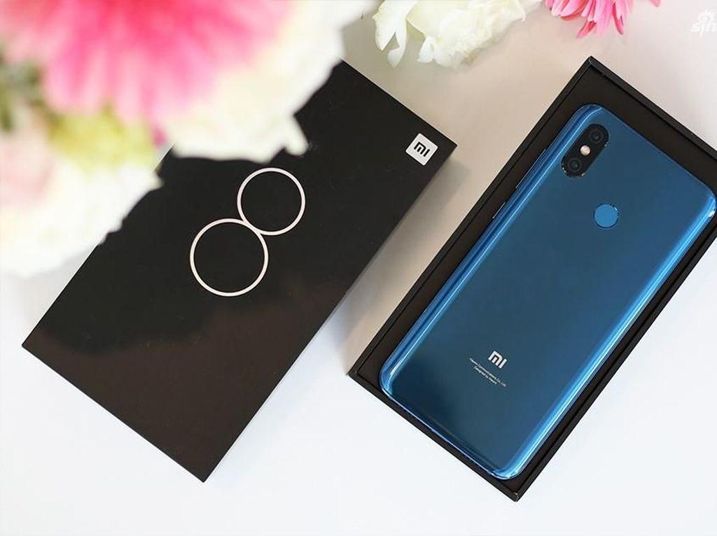 Lebih Dekat dengan Xiaomi Mi 8
