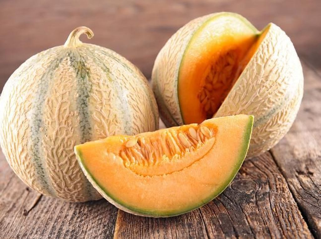 Wow! Sepasang Melon Asal Jepang Ini Dilelang Seharga Mobil Mewah