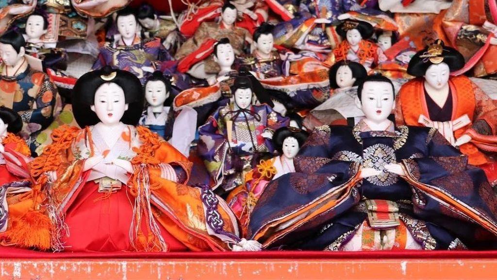Foto: Kuil di Jepang dengan Ribuan Boneka yang Memiliki Roh