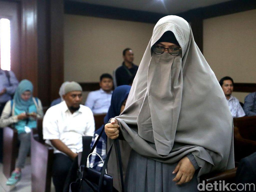 Yulianis Jadi Saksi Sidang PK Anas Urbaningrum