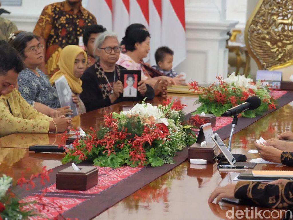 Tudingan Motif Pilpres di Pertemuan Jokowi-Peserta Aksi Kamisan