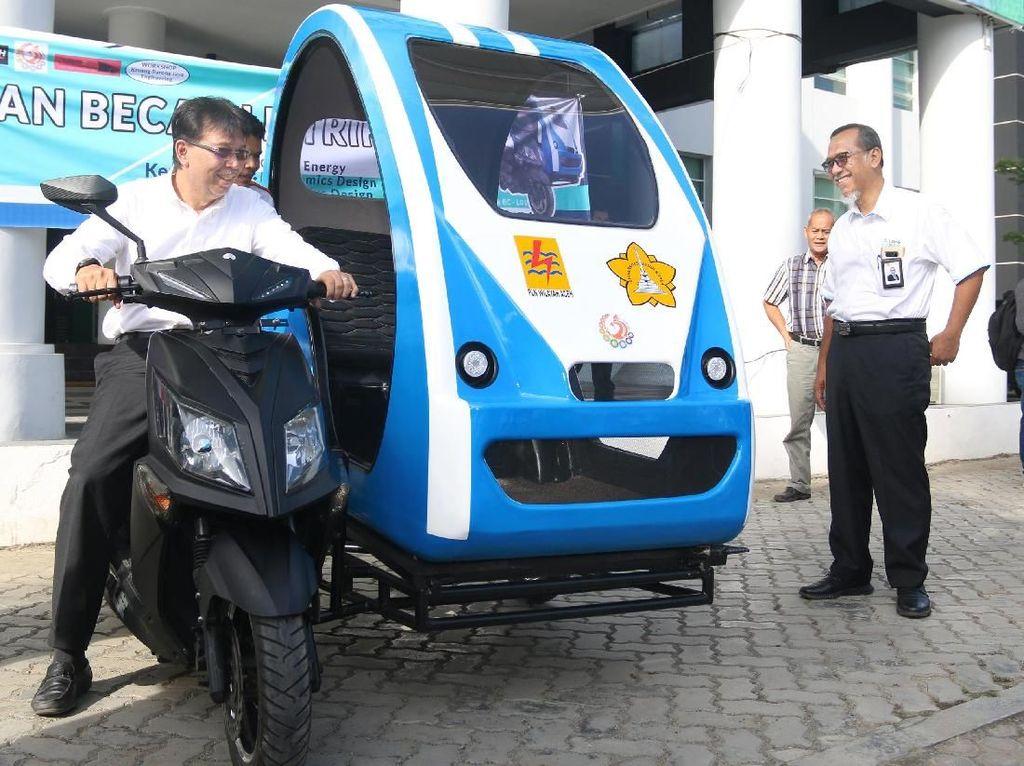 Mahasiswa Aceh Bikin Becak Listrik, Bisa Meluncur 40 Km/Jam