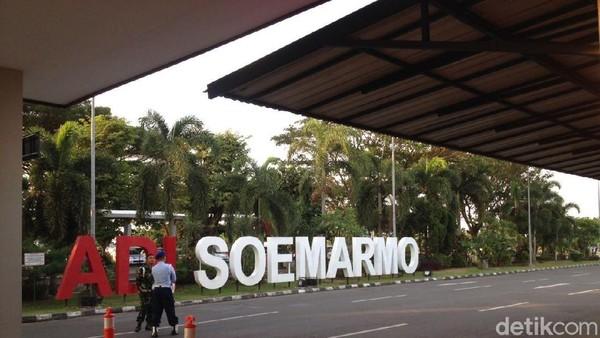 Gara-gara Abu Erupsi Merapi, Bandara Adi Soemarmo Tutup Sementara
