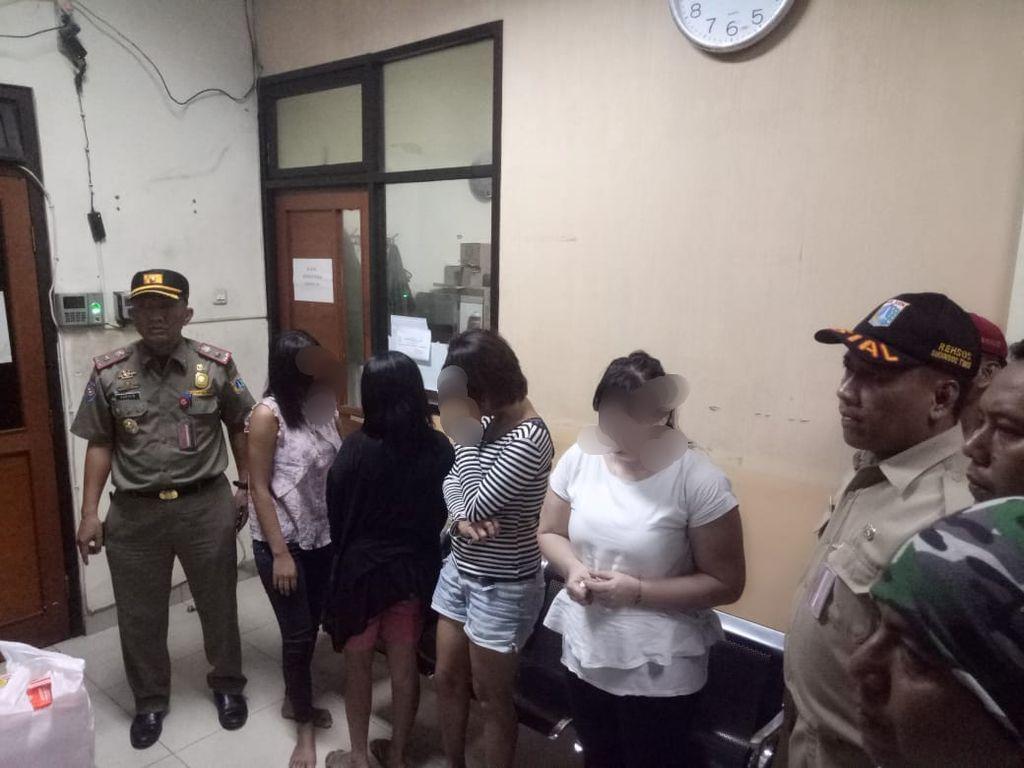 4 PSK di Jatinegara Terjaring Razia Satpol PP