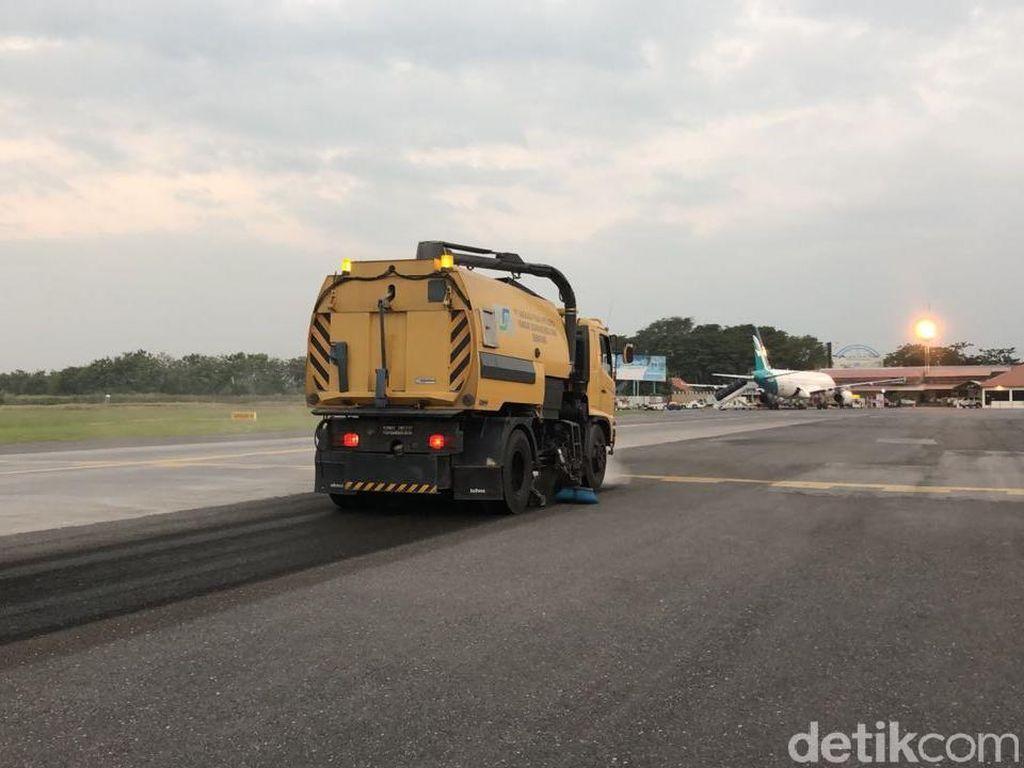 Penutupan Bandara Semarang Akibat Abu Merapi Diperpanjang 1 Jam