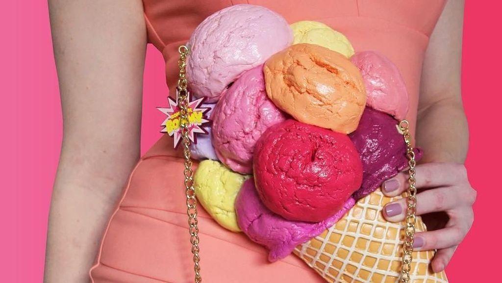 Keren! Designer Ini Ciptakan Tas Bentuk Makanan Persis Aslinya
