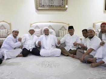 Mengulik Konsolidasi Tiga Serangkai Prabowo-Amien-Rizieq