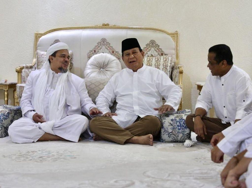 Gerindra: Prabowo Jenguk Habib Rizieq yang Dizalimi di Pengasingan