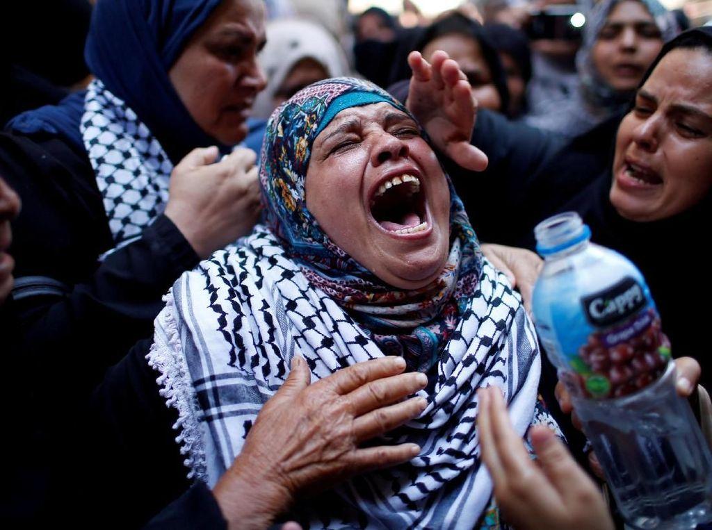 Isak Tangis di Pemakaman Perawat Palestina yang Tewas Ditembak Israel