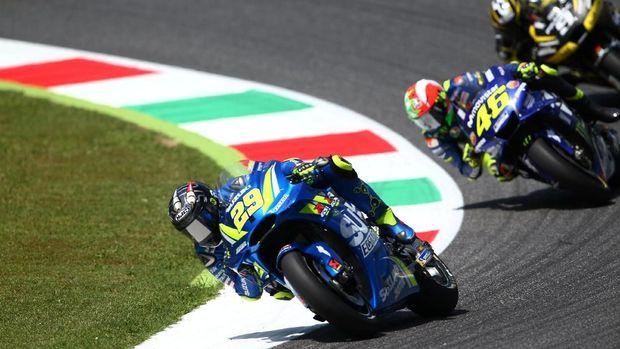 Valentino Rossi bekerja keras untuk finis ketiga di MotoGP Italia 2018.