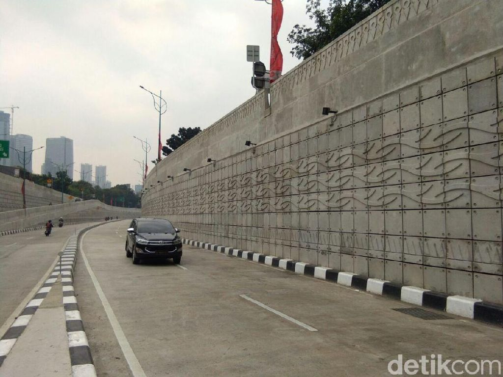 Awasi Underpass Mampang, Sandi Minta Gedung Pasang CCTV ke Jalan
