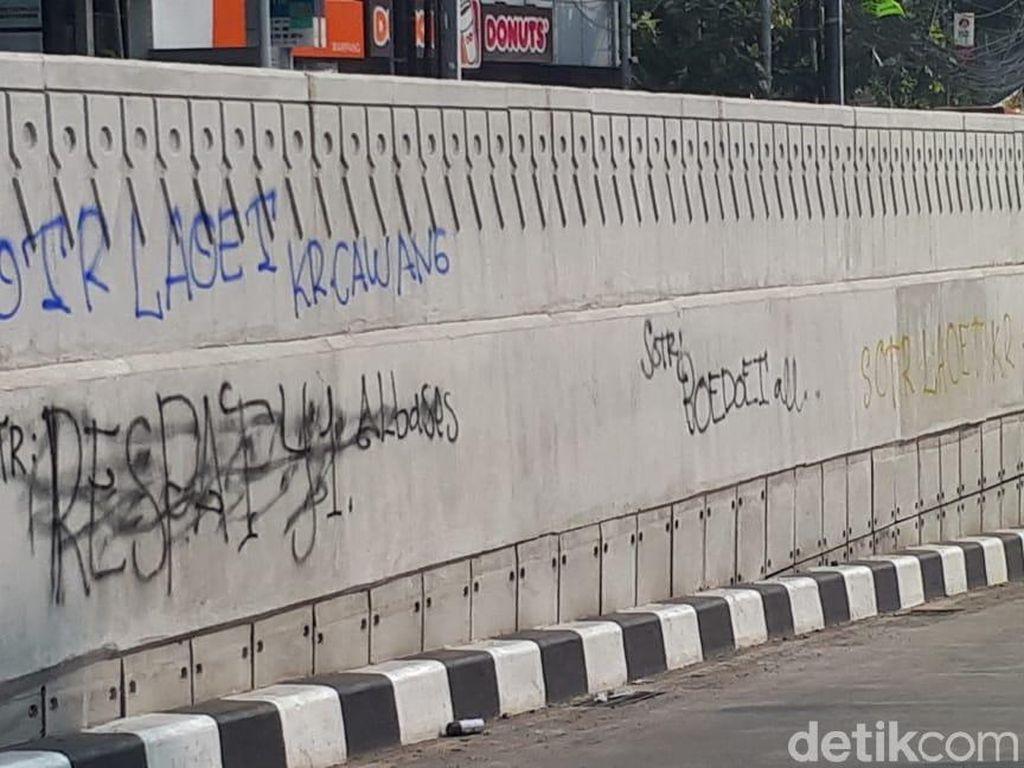 Underpass Mampang Dicorat-coret, Walkot Jaksel Imbau SOTR di Masjid