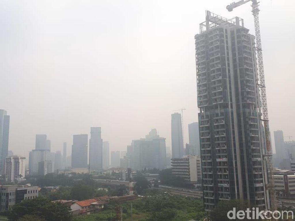 Jakarta Berkabut Hari Ini, Begini Penjelasan BMKG