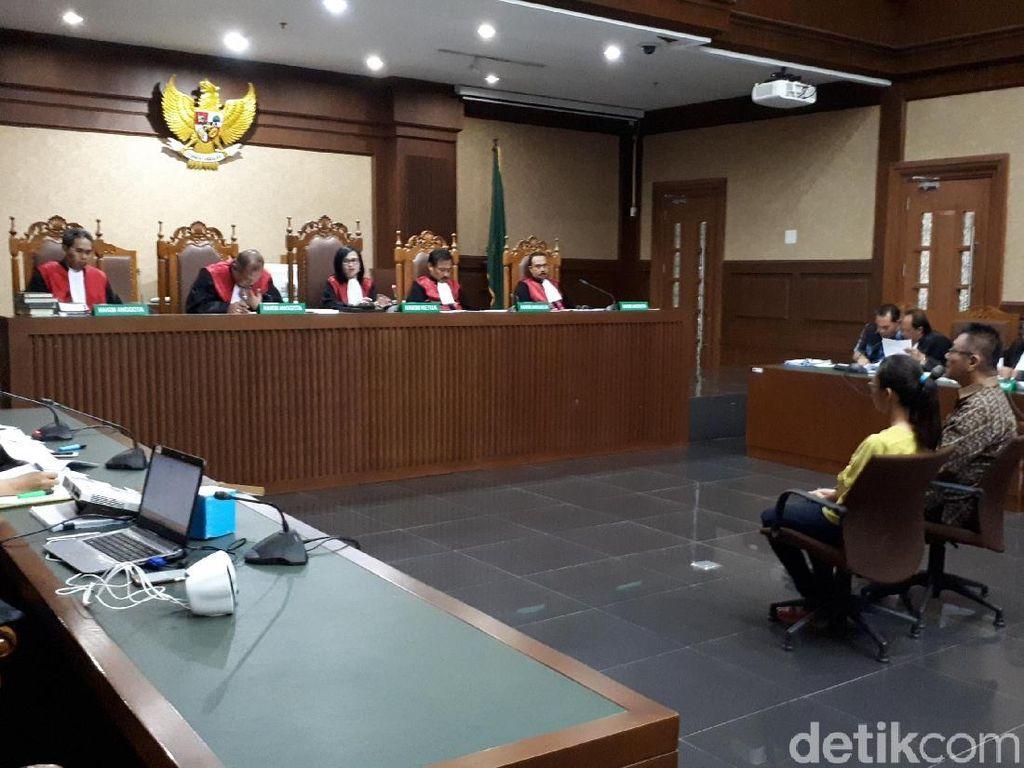 Cerita Kontraktor Tawar-menawar Suap untuk Bupati HST