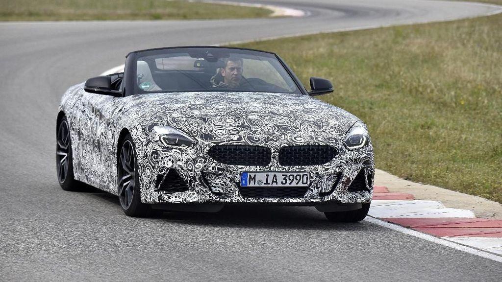 BMW Z4 Diuji di Sirkuit, Begini Penampakannya