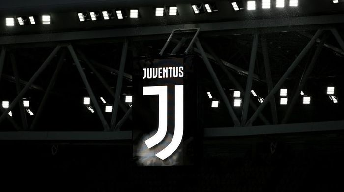 TURIN, ITALY - APRIL 03: The Juventus logo is seen on a stand prior to the UEFA Champions League Quarter Final Leg One match between Juventus and Real Madrid at Allianz Stadium on April 3, 2018 in Turin, Italy.  (Photo by Emilio Andreoli/Getty Images)